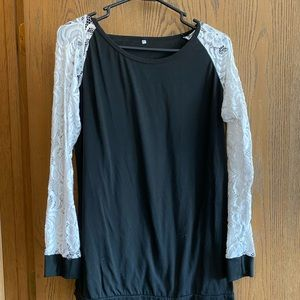 Long Sleeve Lace Top (Black)